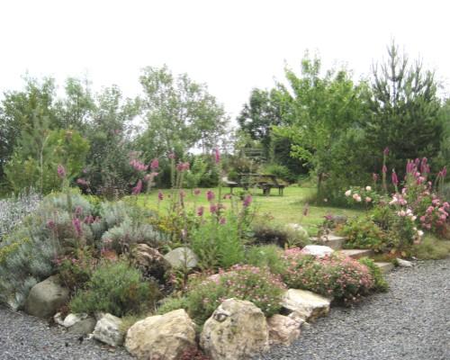Beudy Bach's garden