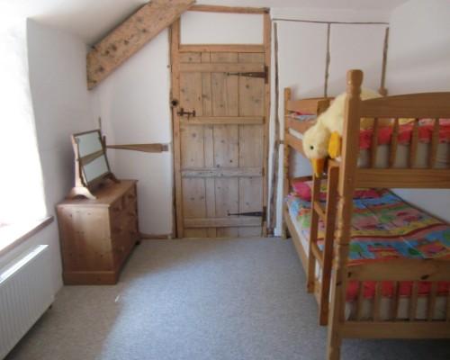 The Old Farmhouse Double bunk room